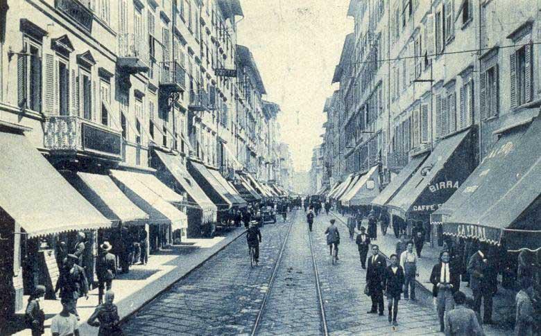 Livorno,_via_Grande